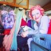 Zdjęcia zza kulis trafiły na nowe konto Betty Bailey na Instagramie