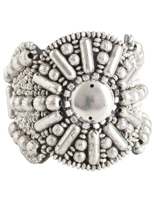 Modny gadżet: szeroka bransoleta Pieces