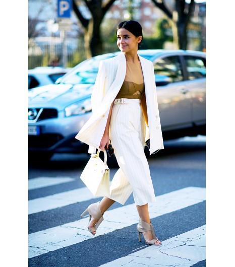 Trudny trend: damski garnitur