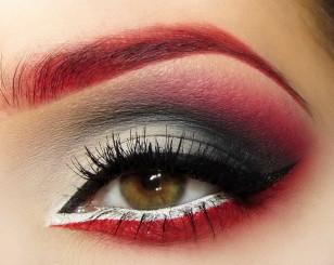Makijaż: Illamasqua na Halloween