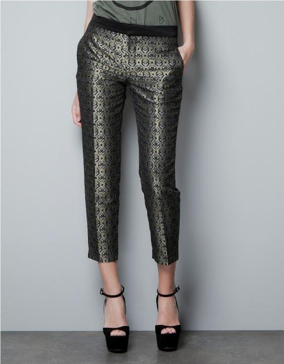 Trend sezonu: wzorzyste spodnie