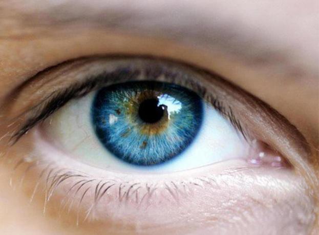Laserowa zmiana koloru oczu nadal w fazie testów