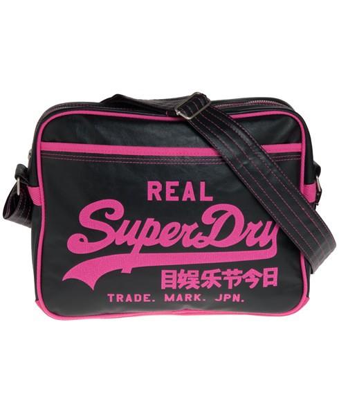Torby i plecaki Superdry, czyli jakość w dobrym wydaniu
