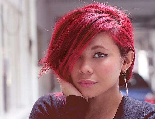 Jak umiejętnie dobrać kolor farby do włosów