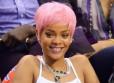 Rihanna w różowej peruce