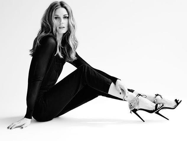 Zachwycająca Olivia w zaprojektowanych przez siebie butach: ambasadorka idealna