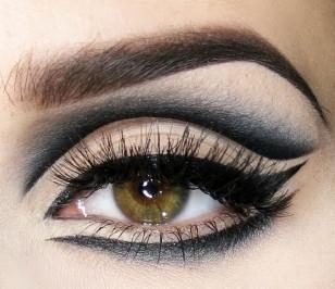 Precyzyjny Eyeliner