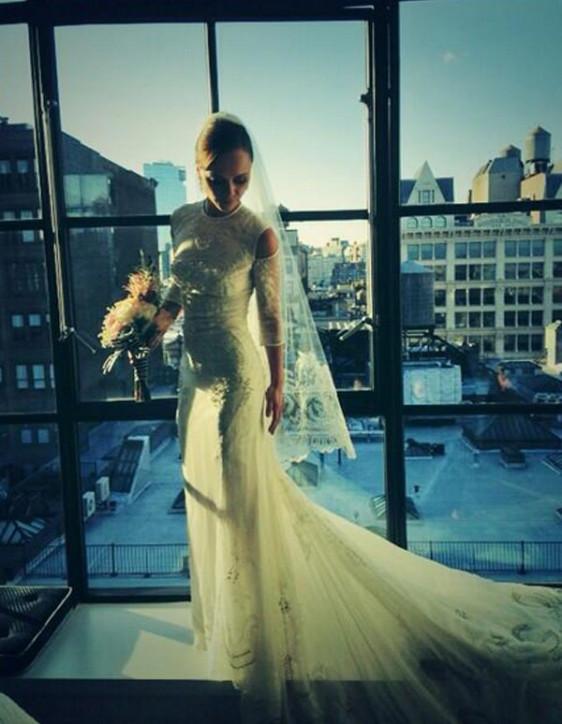 Christina Ricci w sukni ślubnej Givenchy