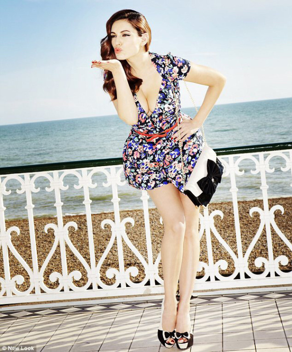 W stylu pin  up: kolekcja Kelly Brook dla New Look