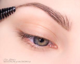 Podkreśl brwi - pamiętaj, że są one częścią makijażu oka!