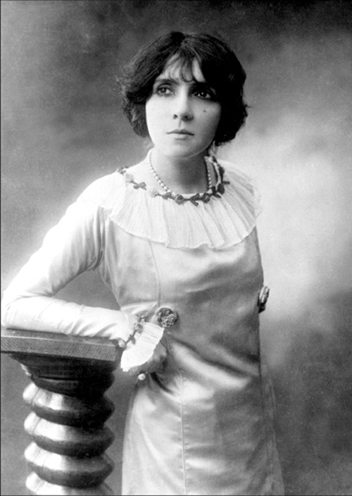 Eva Lavallièr - narodziny chłopczycy, Paryż, 1909 r