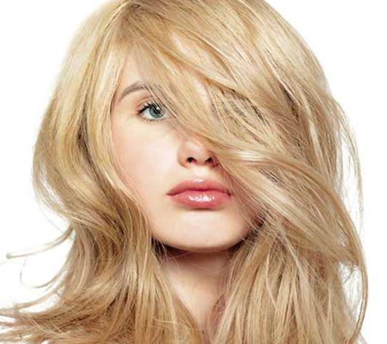 Słoneczny blond na pożegnanie wakacji