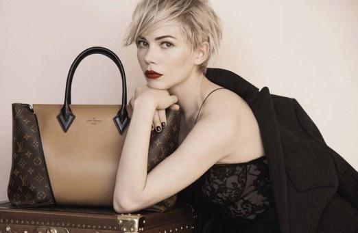 803acb00e0733 Michelle Williams, która kilka miesięcy temu zaangażowana została w nową  kampanię reklamującą torebki Louis Vuitton.