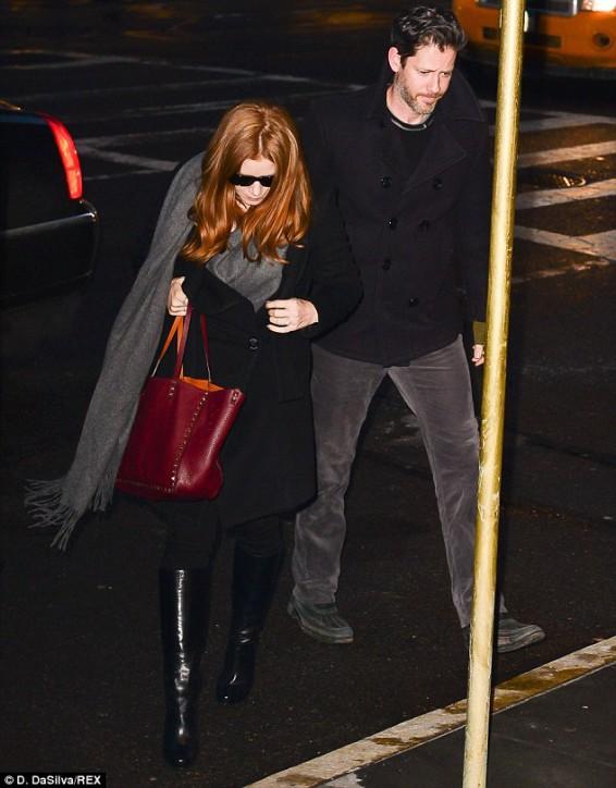 Amy Adams z torebką Valentino