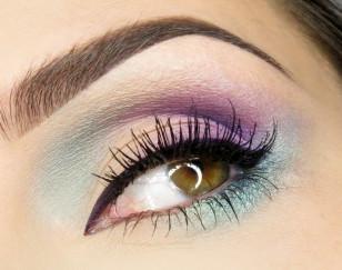 Makijaż: Kolorowe Love