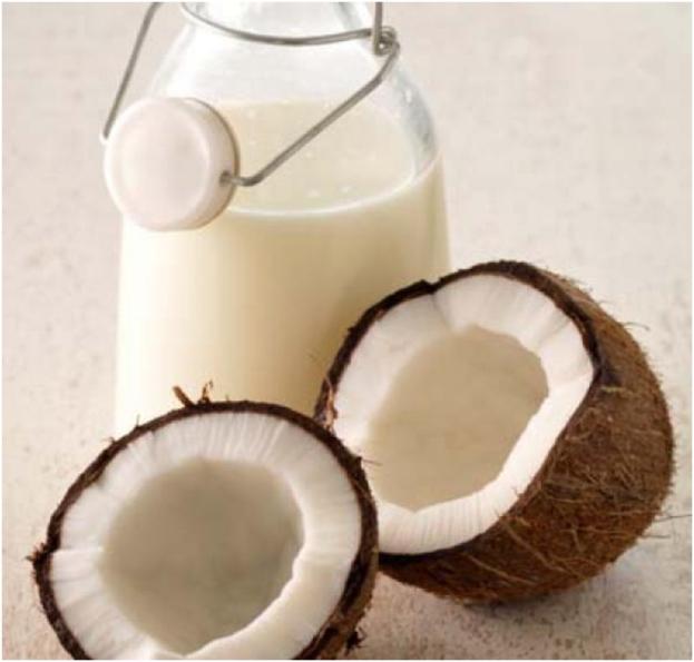 Domowy przepis na mleko kokosowe