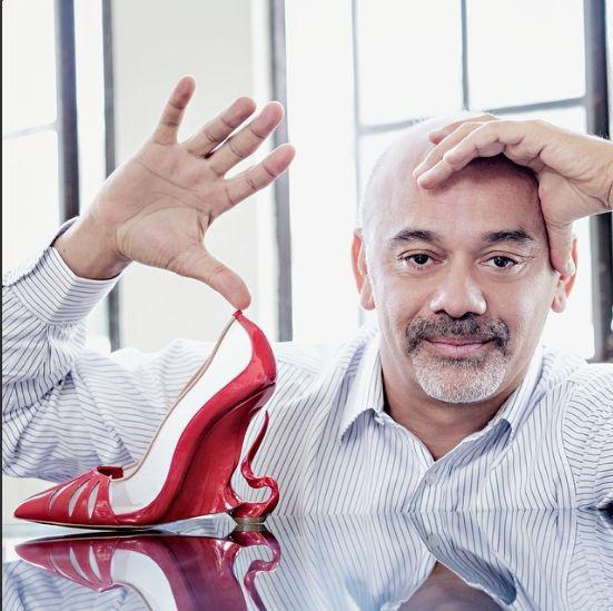 Christian Louboutin prezentuje model Malangeli - pantofle zaprojektowane wspólnie z Angeliną Jolie