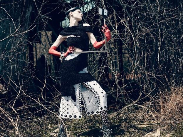 Saskia de Brauw w sesji Selfie, Interview Magazine, fot. Mikael Jansson