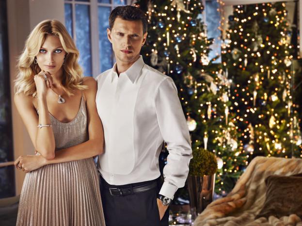 Anja Rubik i Sasha Knezevic w świątecznej kampanii Apart, fot. Marcin Tyszka