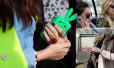 Co Wy na to: króliczek na telefon
