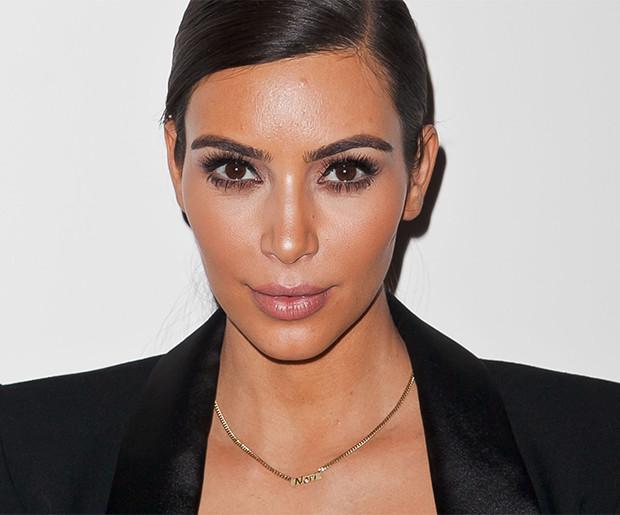 Sekretem perfekcyjnej opalenizny Kim Kardashian jest pianka samoopalająca Vita Liberata