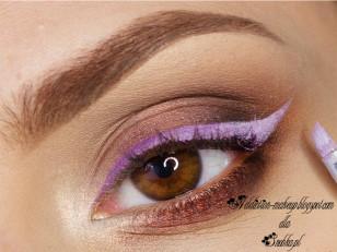 Samą jaskółkę rozjaśniam dodatkowo białym eyelinerem, tak by uzyskać efekt ombre (Zoeava A-cappella)