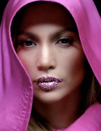 Co o tym myślicie: kryształowe usta Jennifer Lopez