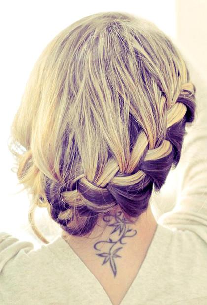 Najmodniejsze kolory włosów 2013. 5 Ukryte, ciemne pasemka